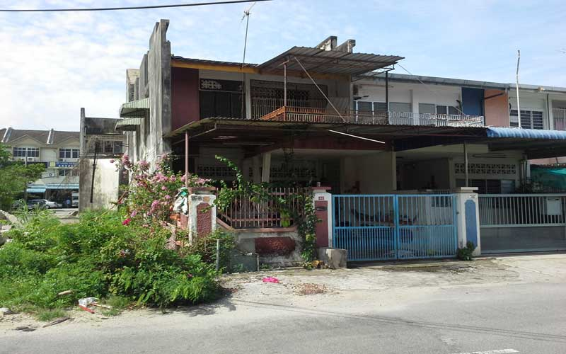 Auction a double storey terrace house butterworth for Terrace 9 penang