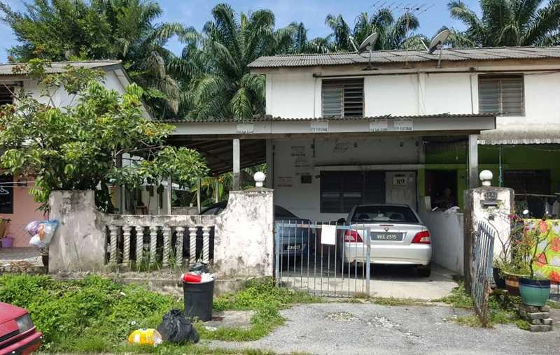 Auction Rumah Teres Dua Tingkat Kos Rendah Unit Tengah Chemor Perak