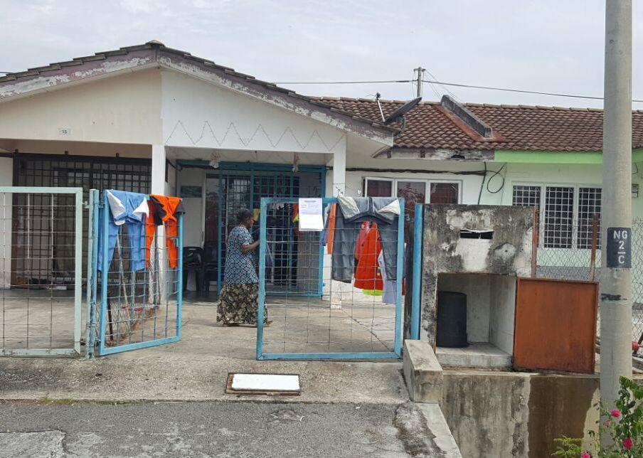 Auction Rumah Teres Satu Tingkat Kos Rendah Unit Tengah Slim River Perak Darul Ridzuan